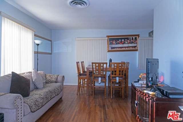 7425 Farmdale Avenue, North Hollywood, CA 91605 (MLS #18317844) :: The John Jay Group - Bennion Deville Homes