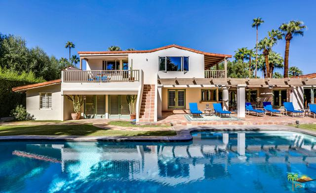 407 W Vereda Sur, Palm Springs, CA 92262 (MLS #18317904PS) :: The John Jay Group - Bennion Deville Homes