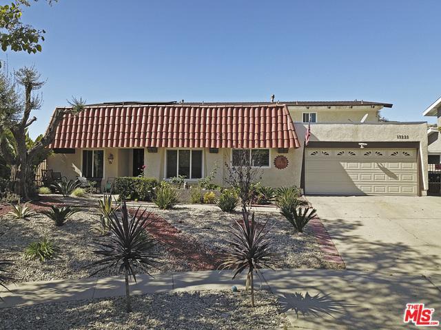 13221 Whistler Lane, Granada Hills, CA 91344 (MLS #18318050) :: The John Jay Group - Bennion Deville Homes