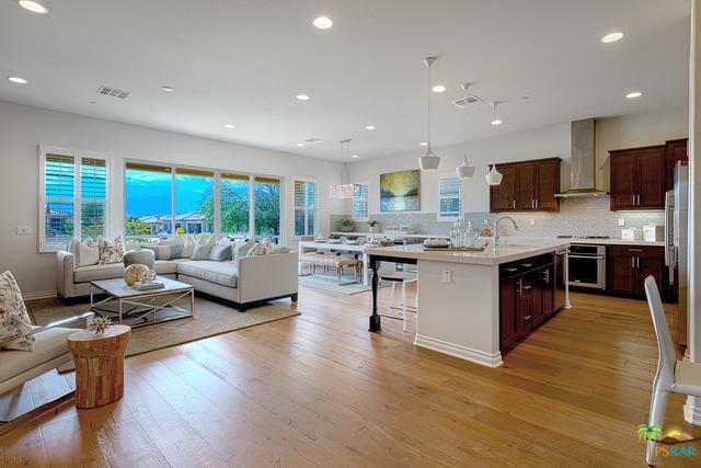 4117 Via Tramonti, Palm Desert, CA 92260 (MLS #18318156PS) :: The John Jay Group - Bennion Deville Homes