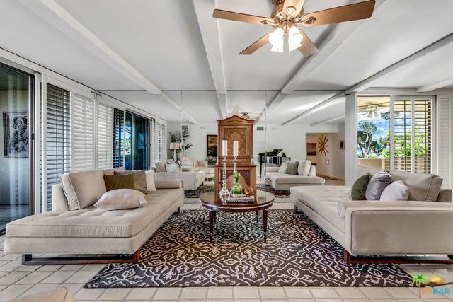 2424 E Palm Canyon Drive 1D, Palm Springs, CA 92264 (MLS #18318318PS) :: Brad Schmett Real Estate Group