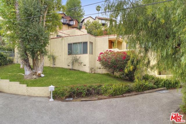 20902 Clarin Street, Woodland Hills, CA 91364 (MLS #18318370) :: The John Jay Group - Bennion Deville Homes