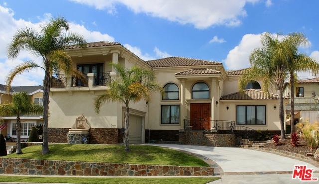 5611 S Chariton Avenue, Los Angeles (City), CA 90056 (MLS #18318904) :: Deirdre Coit and Associates