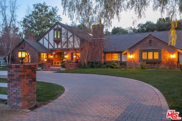 24284 Bridle Trail Road, Hidden Hills, CA 91302 (MLS #18318938) :: The John Jay Group - Bennion Deville Homes