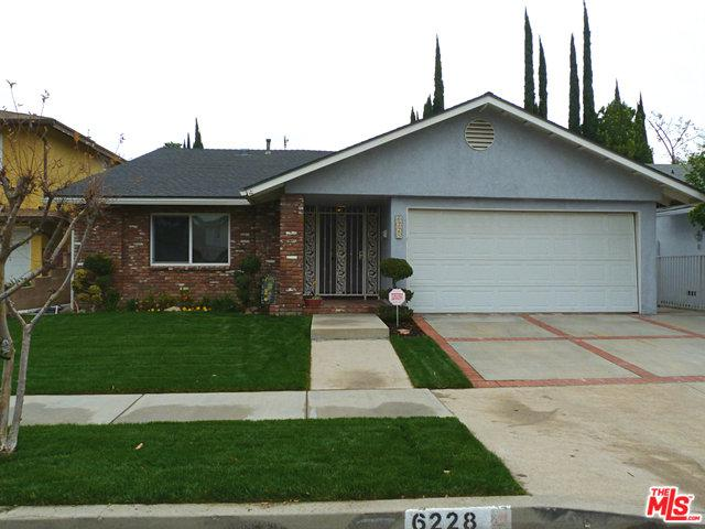 6228 Hesperia Avenue, Encino, CA 91316 (MLS #18319778) :: The John Jay Group - Bennion Deville Homes