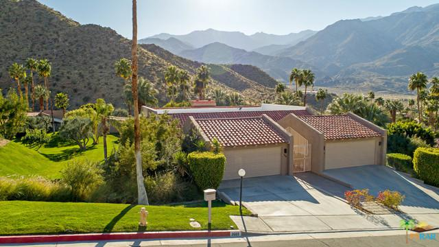 3685 Andreas Hills Drive, Palm Springs, CA 92264 (MLS #18320008PS) :: Brad Schmett Real Estate Group
