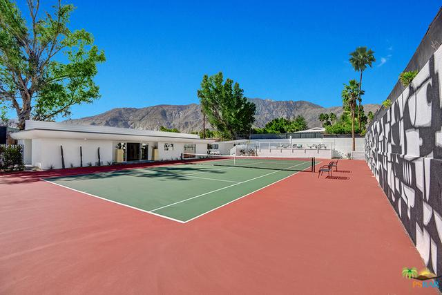 155 W San Marco Way, Palm Springs, CA 92262 (MLS #18320402PS) :: The John Jay Group - Bennion Deville Homes