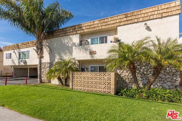 14835 Vanowen St Street, Los Angeles (City), CA 91405 (MLS #18320524) :: The John Jay Group - Bennion Deville Homes