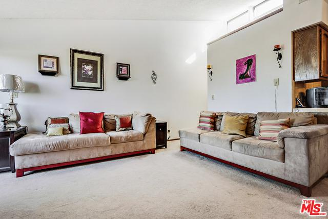 164 W 220th Street #4, Carson, CA 90745 (MLS #18320650) :: The John Jay Group - Bennion Deville Homes