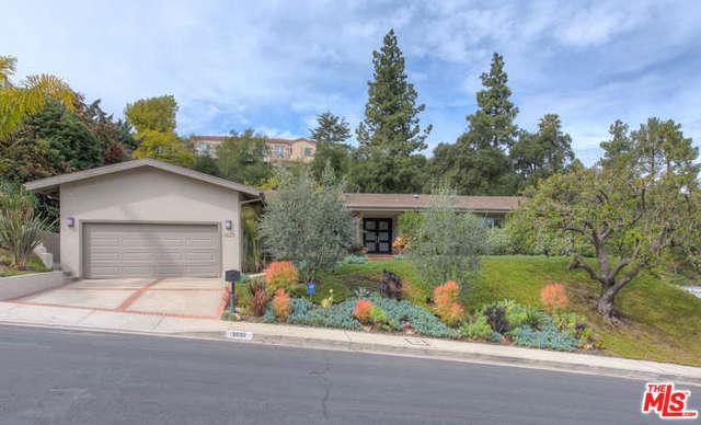 3623 Ballina Canyon Road, Encino, CA 91436 (MLS #18321074) :: The John Jay Group - Bennion Deville Homes