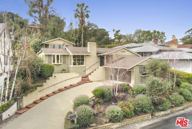 12952 Greenleaf Street, Studio City, CA 91604 (MLS #18321090) :: The John Jay Group - Bennion Deville Homes
