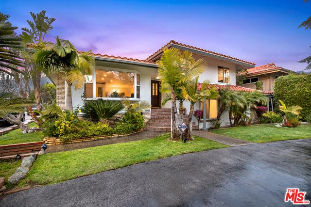 1007 W Kenneth Road, Glendale, CA 91202 (MLS #18321152) :: The John Jay Group - Bennion Deville Homes