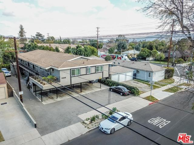 1412 N Keystone Street, Burbank, CA 91506 (MLS #18321280) :: The John Jay Group - Bennion Deville Homes