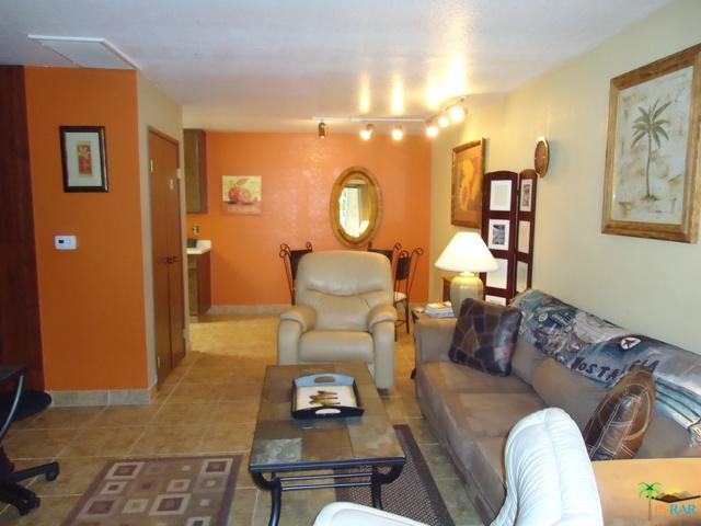 685 N Ashurst Court H100, Palm Springs, CA 92262 (MLS #18322436PS) :: The John Jay Group - Bennion Deville Homes