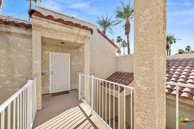 2700 Golf Club Drive #120, Palm Springs, CA 92264 (MLS #18322474PS) :: Brad Schmett Real Estate Group