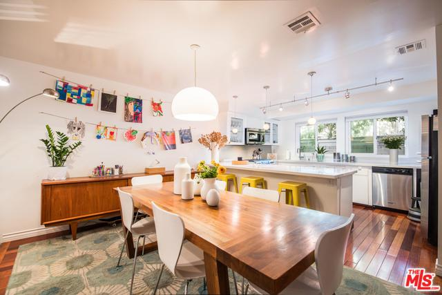 11913 Laurelwood Drive #3, Studio City, CA 91604 (MLS #18322900) :: The John Jay Group - Bennion Deville Homes