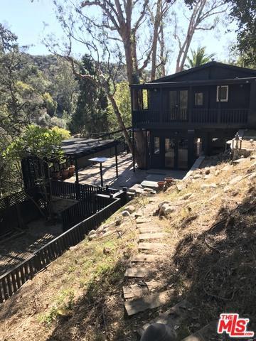 1843 N Beverly Glen, Los Angeles (City), CA 90077 (MLS #18323076) :: The John Jay Group - Bennion Deville Homes