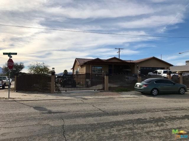 16465 Via El Rancho, Desert Hot Springs, CA 92240 (MLS #18323186PS) :: Brad Schmett Real Estate Group