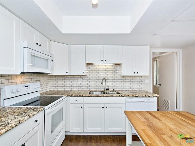 64281 Spyglass Avenue #30, Desert Hot Springs, CA 92240 (MLS #18323344PS) :: The John Jay Group - Bennion Deville Homes