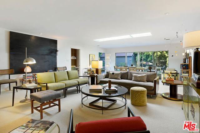 11347 Clover Avenue, Los Angeles (City), CA 90066 (MLS #18323612) :: The John Jay Group - Bennion Deville Homes