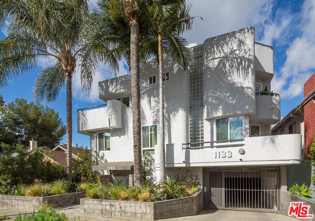 1133 N Formosa Avenue #3, West Hollywood, CA 90046 (MLS #18323680) :: The John Jay Group - Bennion Deville Homes