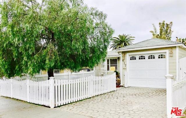617 Beryl Street, Redondo Beach, CA 90277 (MLS #18323684) :: The John Jay Group - Bennion Deville Homes
