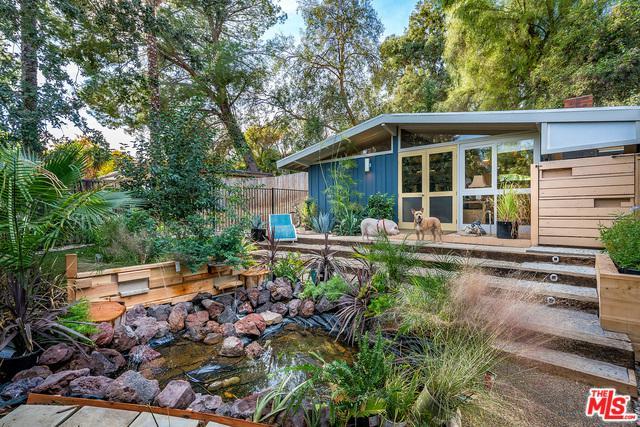 4985 Canoga Avenue, Woodland Hills, CA 91364 (MLS #18323802) :: The John Jay Group - Bennion Deville Homes