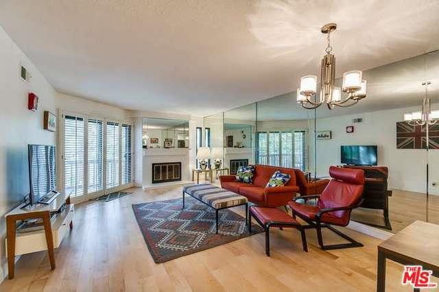 8515 Falmouth Avenue #304, Playa Del Rey, CA 90293 (MLS #18324100) :: The John Jay Group - Bennion Deville Homes