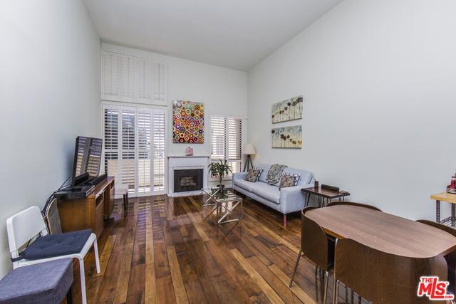 7001 S La Cienega Boulevard #305, Los Angeles (City), CA 90045 (MLS #18324164) :: The John Jay Group - Bennion Deville Homes