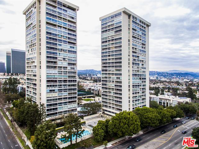 2220 Avenue Of The Stars #406, Los Angeles (City), CA 90067 (MLS #18324188) :: The John Jay Group - Bennion Deville Homes