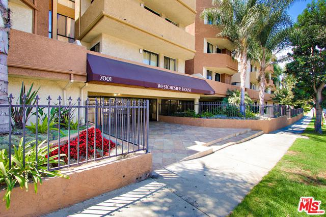 7001 S La Cienega Pnths, Los Angeles (City), CA 90045 (MLS #18324314) :: The John Jay Group - Bennion Deville Homes