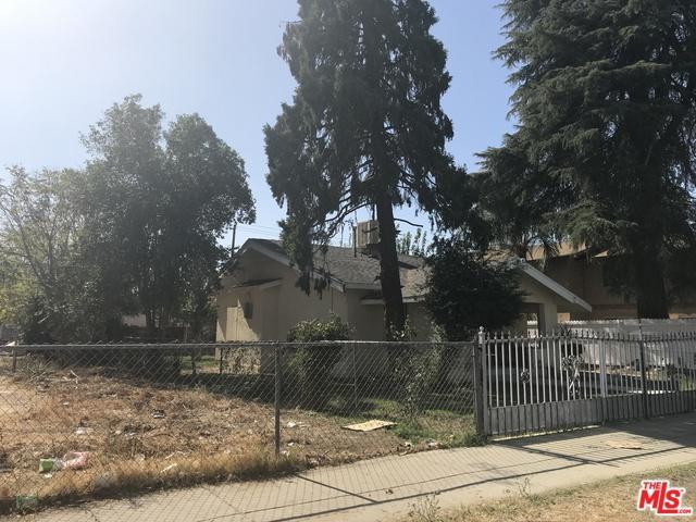 1217 Niles St., Bakersfield, CA 93305 (MLS #18324376) :: The John Jay Group - Bennion Deville Homes