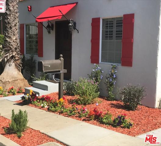 8814 Betty Way, West Hollywood, CA 90069 (MLS #18324426) :: The John Jay Group - Bennion Deville Homes