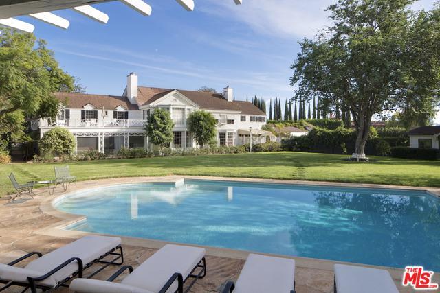 143 S Mapleton Drive, Los Angeles (City), CA 90024 (MLS #18324652) :: The John Jay Group - Bennion Deville Homes