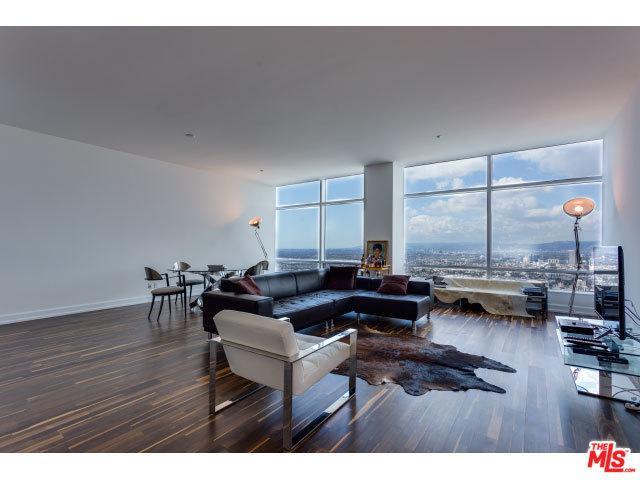 900 W Olympic Boulevard 44F, Los Angeles (City), CA 90015 (MLS #18324772) :: The John Jay Group - Bennion Deville Homes