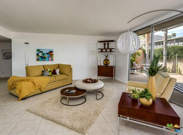105 E Twin Palms Drive, Palm Springs, CA 92264 (MLS #18324908PS) :: The John Jay Group - Bennion Deville Homes