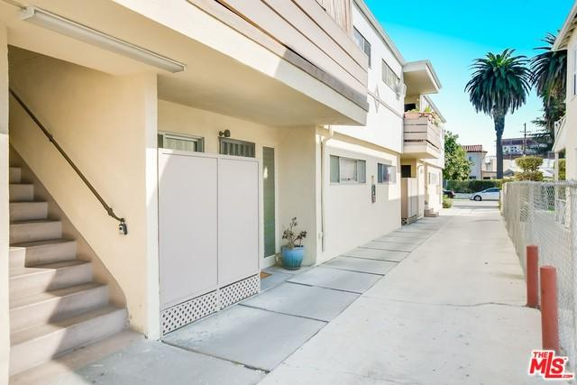 2621 Chariton Street, Los Angeles (City), CA 90034 (MLS #18324932) :: The John Jay Group - Bennion Deville Homes