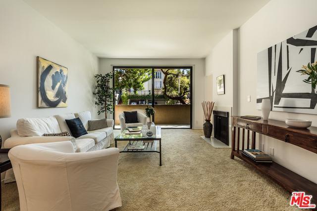 1557 S Beverly Glen Boulevard 1-T, Los Angeles (City), CA 90024 (MLS #18324950) :: The John Jay Group - Bennion Deville Homes
