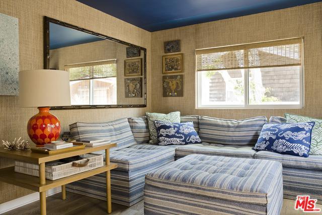 52 Paradise Cove Road, Malibu, CA 90265 (MLS #18324958) :: The John Jay Group - Bennion Deville Homes