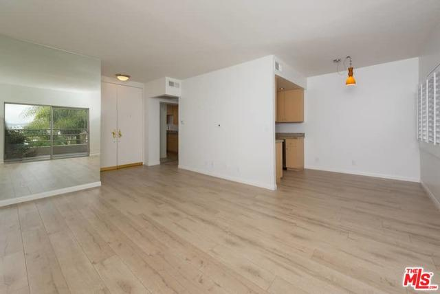 1131 Alta Loma Road #514, West Hollywood, CA 90069 (MLS #18324994) :: The John Jay Group - Bennion Deville Homes