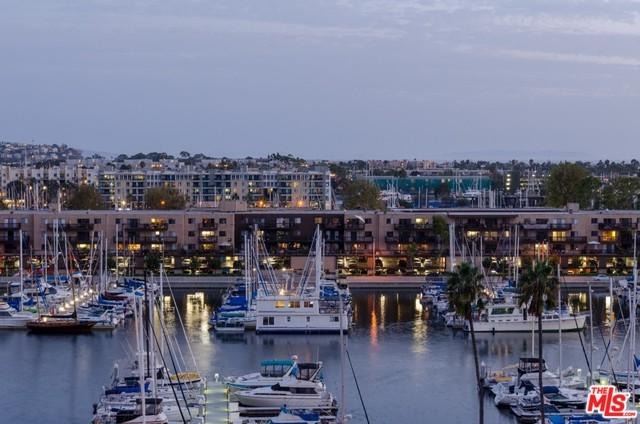 4314 Marina City Drive #416, Marina Del Rey, CA 90292 (MLS #18325078) :: The John Jay Group - Bennion Deville Homes