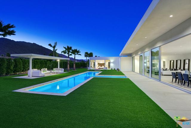 3068 Linea Terrace, Palm Springs, CA 92264 (MLS #18325368PS) :: Team Wasserman
