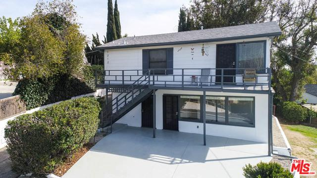 1212 Scenic Drive, Glendale, CA 91205 (MLS #18325776) :: The John Jay Group - Bennion Deville Homes