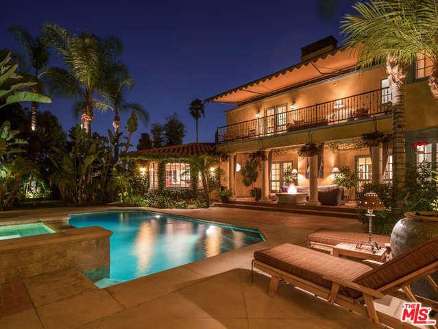 2520 Glendower Avenue, Los Angeles (City), CA 90027 (MLS #18326080) :: The John Jay Group - Bennion Deville Homes