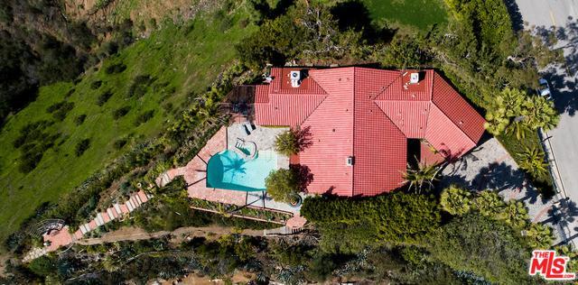 1963 Stradella Road, Los Angeles (City), CA 90077 (MLS #18326126) :: The John Jay Group - Bennion Deville Homes