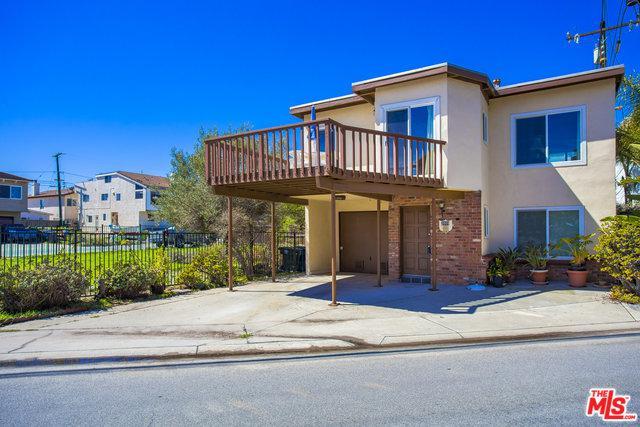 2809 Panama Drive, Oxnard, CA 93035 (MLS #18326902) :: The John Jay Group - Bennion Deville Homes