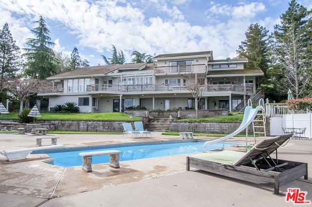 273 High Sierra Drive, Visalia, CA 93221 (MLS #18327148) :: The John Jay Group - Bennion Deville Homes