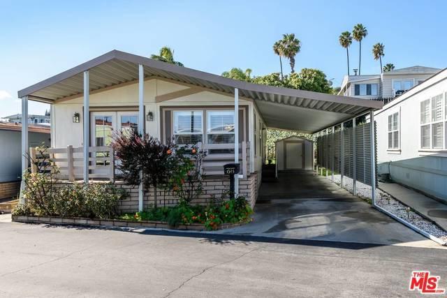 2550 Pacific Coast Highway #68, Torrance, CA 90505 (MLS #18328018) :: Deirdre Coit and Associates