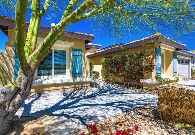 64236 Silver Star Avenue, Desert Hot Springs, CA 92240 (MLS #18328028PS) :: The John Jay Group - Bennion Deville Homes