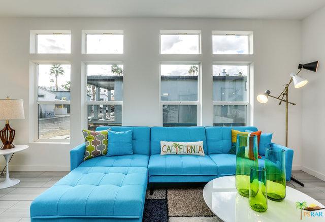 242 Lei Drive, Palm Springs, CA 92264 (MLS #18328110PS) :: Brad Schmett Real Estate Group